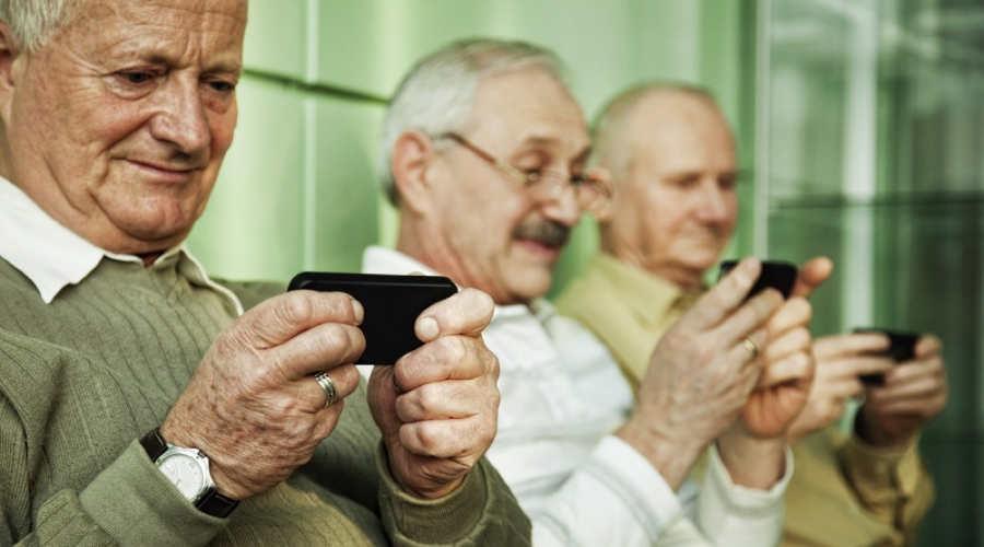 migliori smartphone anziani